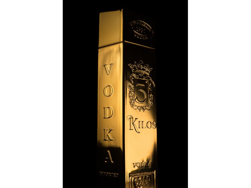 Водка 3 Kilos Gold Ordinary 0,75 л. 40%